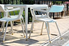 Lampu-square dining table
