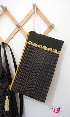 ΦούΞια ΞιΦίας Beauty Case, Bags, Fashion, Handbags, Moda, Fashion Styles, Taschen, Fasion, Purse