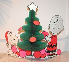 Vintage Christmas Honeycomb Decorations ~ Charlie Brown and Snoopy Hallmark Christmas Honeycomb Centerpiece.