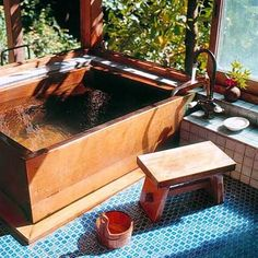 Typical Japanese bath made by East Wind Inc. Typical Japanese bath made by East Wind Inc. Japanese Bathtub, Japanese Soaking Tubs, Japanese Bath House, Japanese Style Bathroom, Traditional Japanese House, Traditional Bathroom, Japanese Homes, Diy Bathroom Decor, Small Bathroom