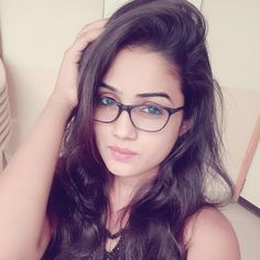 😄🤗Life is better when you stop caring too much. Beautiful Girl In India, Beautiful Girl Photo, Beautiful Indian Actress, Good Girl, Cute Girl Photo, Stylish Girls Photos, Stylish Girl Pic, Preety Girls, Cute Girls