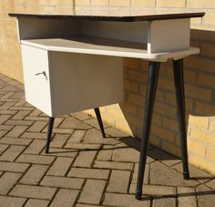 50's desk formica top.  www.royalcrown.nl SOLD