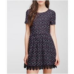 Floral baby doll dress w lace hem! Super cute but makes me look too young so decided not to keep. Forever 21 Dresses Mini