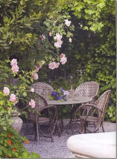 Such a cute french garden- perfect for tea!