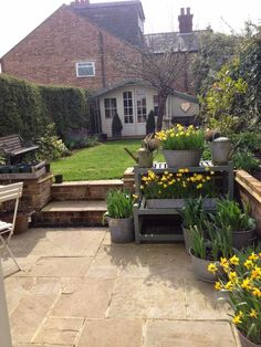 Roses and Rolltops : Planting Galvanised Tubs There are numerous stuff that can ultimately finish Summer House Garden, Garden Cottage, Dream Garden, Garden Beds, Agriculture, Farming, Back Gardens, Small Gardens, Outdoor Gardens