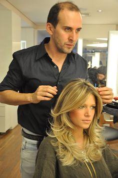 17 ideas hair cuts long ideas layered haircuts for 2019 Love Hair, Great Hair, Gorgeous Hair, Hair Color And Cut, Haircut And Color, Hair Colour, Medium Hair Styles, Curly Hair Styles, Haircuts For Long Hair With Layers