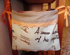 Il porta sacchetti è un accessorio indispensabile in ogni casa. Se come a casa mia, anche nella vostra i sacchetti di plastica hanno posti variabili è giunt