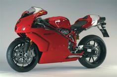 Ducati Superbike 999R (2005) -