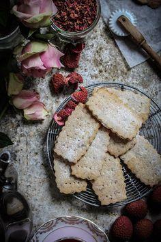 Rose petal cake, Petal cake and Rose petals on Pinterest