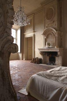 A XVII. században épült ház egy nemesi család relaxálását segítette a jelölt időponttól. Íme a 2008-ban teljes körűen felújított Chateau de Moissac Bellevue, a provence-i kül-és belsőépítészet iskolapéldája. Az a hibátlan tökéletesség, ami mindannyiunkat arra…