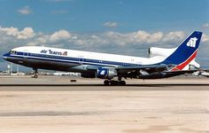 Vintage Airliners - Lockheed TriStar of Air Transat at Las Vegas McCarran, 1995 - wikimedia Canadian Airlines, Air Transat, Sukhoi, Civil Aviation, Wide Body, Us Air Force, Boeing 747, Concorde, Air Travel