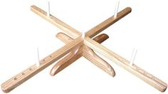 Amish-Design Wooden Yarn Swift-I think I could easily copy this swift!