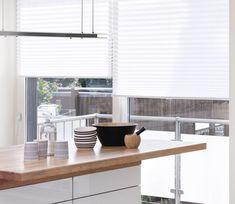 Plisségardiner - fleksible og moderne Blinds, Curtains, Inspiration, Furniture, Home Decor, Biblical Inspiration, Decoration Home, Room Decor, Shades Blinds