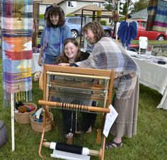saori weaving | SAORI Weaving in the Community | Weaving a Life