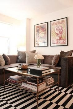 Brown living room decor inspiration, furniture and accessories on Jbirdny. Living Room Carpet, My Living Room, Home And Living, Living Room Decor, Cozy Living, Modern Living, White Apartment, Apartment Living, Apartment Therapy