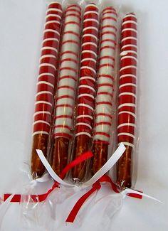 60 New ideas for chocolate covered strawberries gift pretzel rods Christmas Pretzels, Christmas Desserts, Christmas Treats, Holiday Treats, Christmas Baking, Christmas Pops, Chocolate Dipped Pretzel Rods, Pretzel Dip, Pretzel Sticks