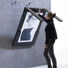 Escritorio abatible con cuadro para pinturas