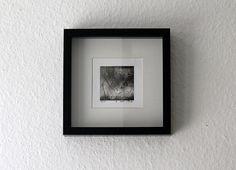 Kunst im Spannungsverhältnis von Konzept und Zufall. Mit seinen Radierungen schafft Paul Haustov ein visuelles Erlebnis aus Fläche und Strich - einen Eindruck diffuser Beleuchtung, welche dem Betrachter eine Vielzahl an...
