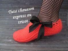 Réalisez ces chaussons express très facilement 1 pelote un morceaux de ruban et hop!