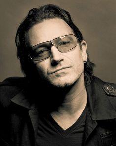 Bono - U2 © Annie Leibovitz