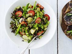Grøn kartoffelsalat med jordbær