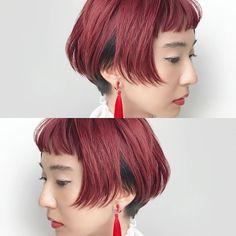 インナーにちらりとみえる黒がポイントのデザインカラー。ボブとの相性◎ #vetica #金沢 #セミナー #ルベル #ロコル #LOCOR #美容師 #美容室 #hair #ボブ #ショート #cut #カット #BOB #short #design #デザインカラー #red #赤 #髪 #髪型 #haircolor #ヘアカラー #ヘアスタイル #color #hairstyle