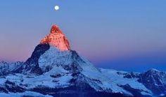 De Matterhorn is volgens mij de mooiste berg ter wereld. Het skigebied in Zermatt is ook geweldig. Een wintersportvakantie gaat voor mij ook boven een zomertrip!