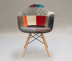Una nueva silla Eames Armchair en un estilo mas Boho en: http://www.gaiadesign.com.mx/silla-replica-eames-armchair-tapizada.html