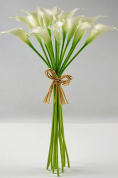 This is the small version of the real touch flowers I used in my wedding, from the site I bought them from. @Sarah Fisher