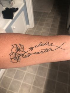Name tattoo - Modern Mini Tattoos, Wörter Tattoos, Mouse Tattoos, Baby Tattoos, Arrow Tattoos, Temporary Tattoos, Name Tattoos On Arm, Inner Arm Tattoos, Inner Forearm Tattoo