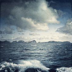 unsteady horizon