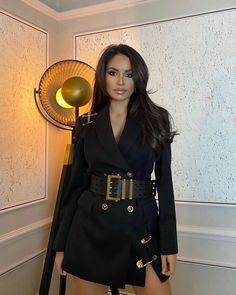 "Luxury life on Instagram: ""Classy 🖤 @nikolxxnikol"" Lux Fashion, Womens Fashion, Grown Women, Girl Next Door, Luxury Life, Beauty Women, Versace, Classy, Chic"