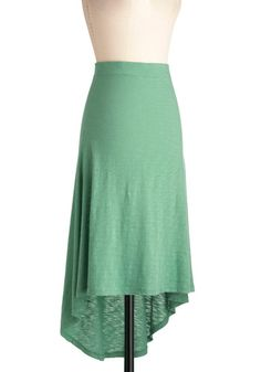 My favourite mint green of the season, love the stylish hi-lo hem! Breezy to See Skirt @ModCloth