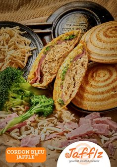 Cordon Bleu Jaffle is Chicken Breast, Ham, Broccoli and Cheese in a Toasted Pocket. Made with All Natural Ingredients and No Junk! Real Food Recipes, Chicken Recipes, Snack Recipes, Yummy Food, South African Recipes, Ethnic Recipes, Turnover Recipes, Dutch Oven Cooking, Cordon Bleu