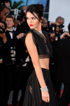 As Kendall Jenner demonstrates–windswept updos with a pop of red lipstick ruled the red carpet this week.