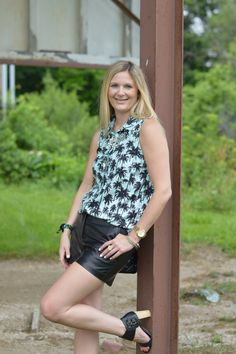 Palm Print Top | Style in a Small Town
