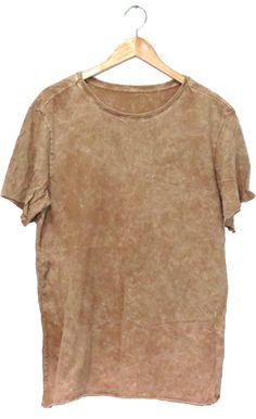 t-shirt fire T Shirt Logo Design, Shirt Designs, Fashion Face, Knit Fashion, Denim T Shirt, Masculine Style, Fashion Sites, Unique Outfits, Alternative Fashion
