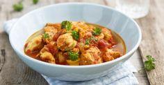 Recette de Curry de poulet épicé au lait de coco spécial Thermomix®. Facile et rapide à réaliser, goûteuse et diététique.