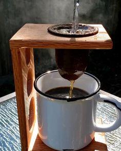 Bendecido día. Coffee Gif, I Love Coffee, Black Coffee, Hot Coffee, Coffee Drinks, Coffee Shop, Coffee Cups, Drip Coffee, Coffee Zone