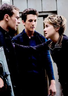 New Insurgent still of Four, Tris and Peter