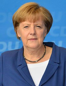 Numero uno: Angela Dorothea Merkel, nata Angela Dorothea Kasner (Amburgo, 17 luglio 1954) è una politica tedesca, che dal 22 novembre 2005 ricopre la carica di Cancelliera della Germania. Fonti: Wikipedia.