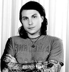 Frank Iero is the rhythm guitarist, co-lead guitarist and backup vocalist of the alternative rock band My Chemical Romance. Vampire Kids, Frank Lero, Pretty Much It, Music Pics, Music Stuff, Killjoys, Band Memes, Gerard Way, My Chemical Romance