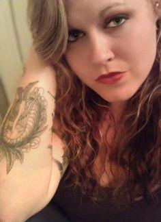 HEMI #inkedgirloftheday #igotd #inked #ink #inkedgirls #tattoo #tattoos #tats #girl #inkedmag #tattooedwomen #girlswithtattoos #womenwithtattoos