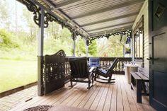En amerikansk veranda skyddar oss de dagar solen är för varm