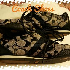 Coach Shoes Trendy Coach shoes, in excellent used condition.  Shows light wear. Size 6.5 Coach Shoes Sneakers
