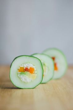 If you love sushi, head immediately to the grocery store to pick up these ingredients: cucumbers, avocado, rice, carrots red and orange peppers. Get the recipe at Live Eat Learn Healthy Summer Snacks, Healthy Recipes, Sushi Recipes, Healthy Meals, Cucumber Sushi Rolls, Clean Eating Snacks, Healthy Eating, Snacks Für Party, Taco Party