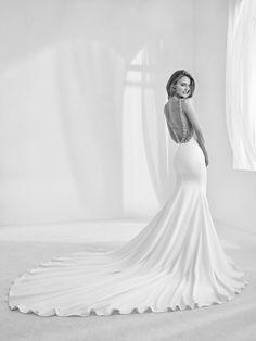 6b8930d91 Atelier Pronovias 2018 Haute Couture