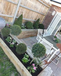 Small garden design - 53 affordable frontyard and backyard garden landscaping ideas 1 Back Garden Design, Backyard Garden Design, Small Backyard Landscaping, Landscaping Ideas, Backyard Ideas, Mulch Landscaping, Desert Backyard, Small Backyard Design, Fence Garden