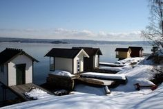 Bath houses by the Oslofjord. Oslo, My Dream, Norway, Flora, Houses, Cabin, Bath, Explore, Architecture