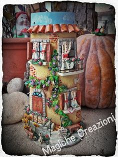 Roof Tiles, Altered Boxes, Fairy Houses, Bottle Crafts, Gingerbread, Polymer Clay, Projects To Try, Shabby Chic, Outdoor Decor